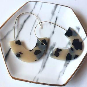 BaubleBar Blonde Tortoise Resin Drop Earrings